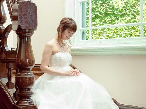 ウェディングドレスは神戸市の「Presto belle」!フォトスタジオ完備でレンタルから写真撮影までスムーズ