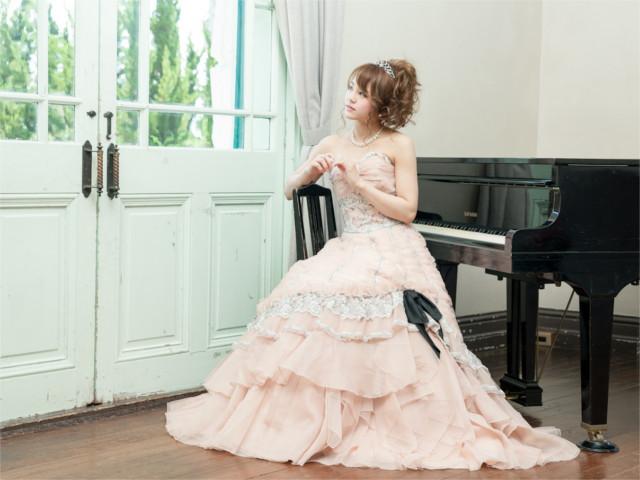 ウェディングドレスは神戸市に位置する「Presto belle」へ